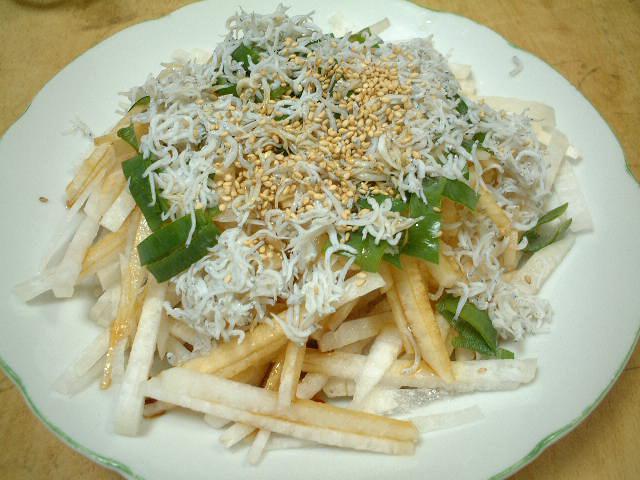 大根とシラスのサラダ