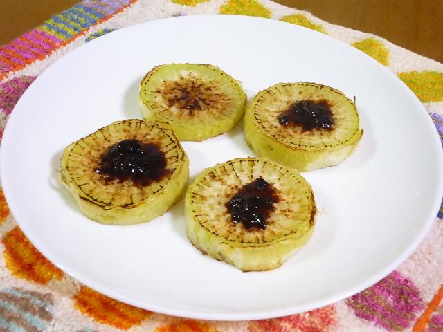 http://www.tsumami.info/images/daikonyaki.jpg